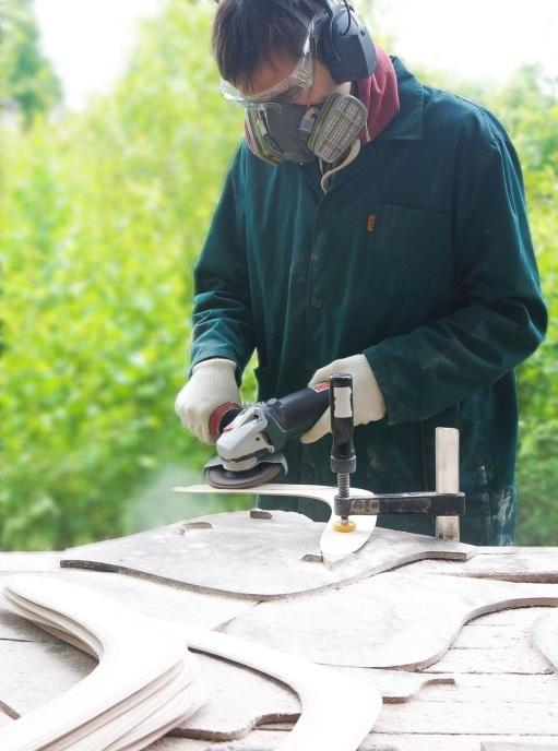 Making wooden boomerangs craftsman 2